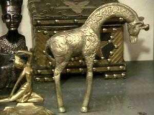 مركز ثقافي لإنتاج نماذج مصغرة للآثار العراقية